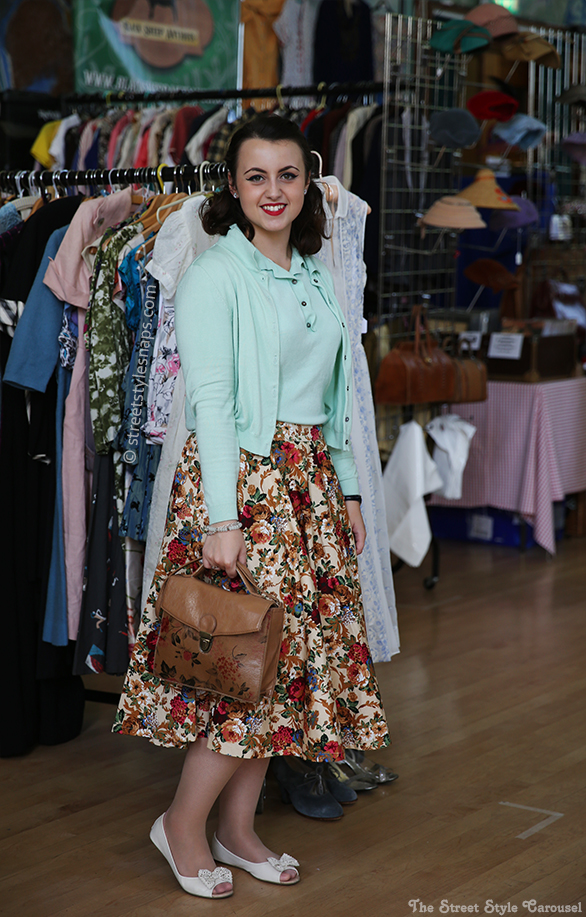 Lindy Bop Peggy Circle Skirt Beige Floral Mansfield Mint Sweater Top Novak Cardigan